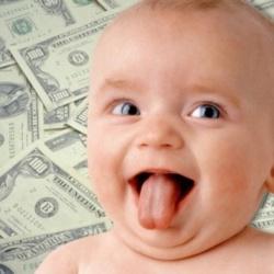¿Vas a tener un hijo? Apunta algunas de las ayudas que puedes solicitar