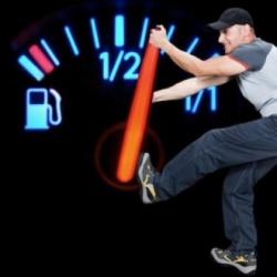 Trucos sencillos para ahorrar gasolina