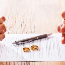 Divorciados: ¿pueden cobrar pensión de viudedad de su expareja?