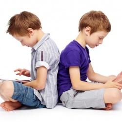 ¿Aceptas los permisos de las apps? No sin leer el RGPD